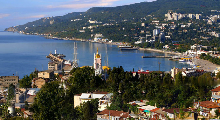 yalta-main-page-gallery-1a