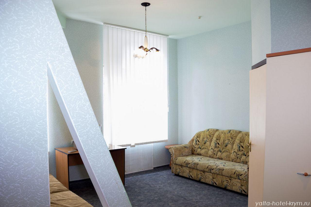 Снять номер в отеле гостинице в Ялте №105-1