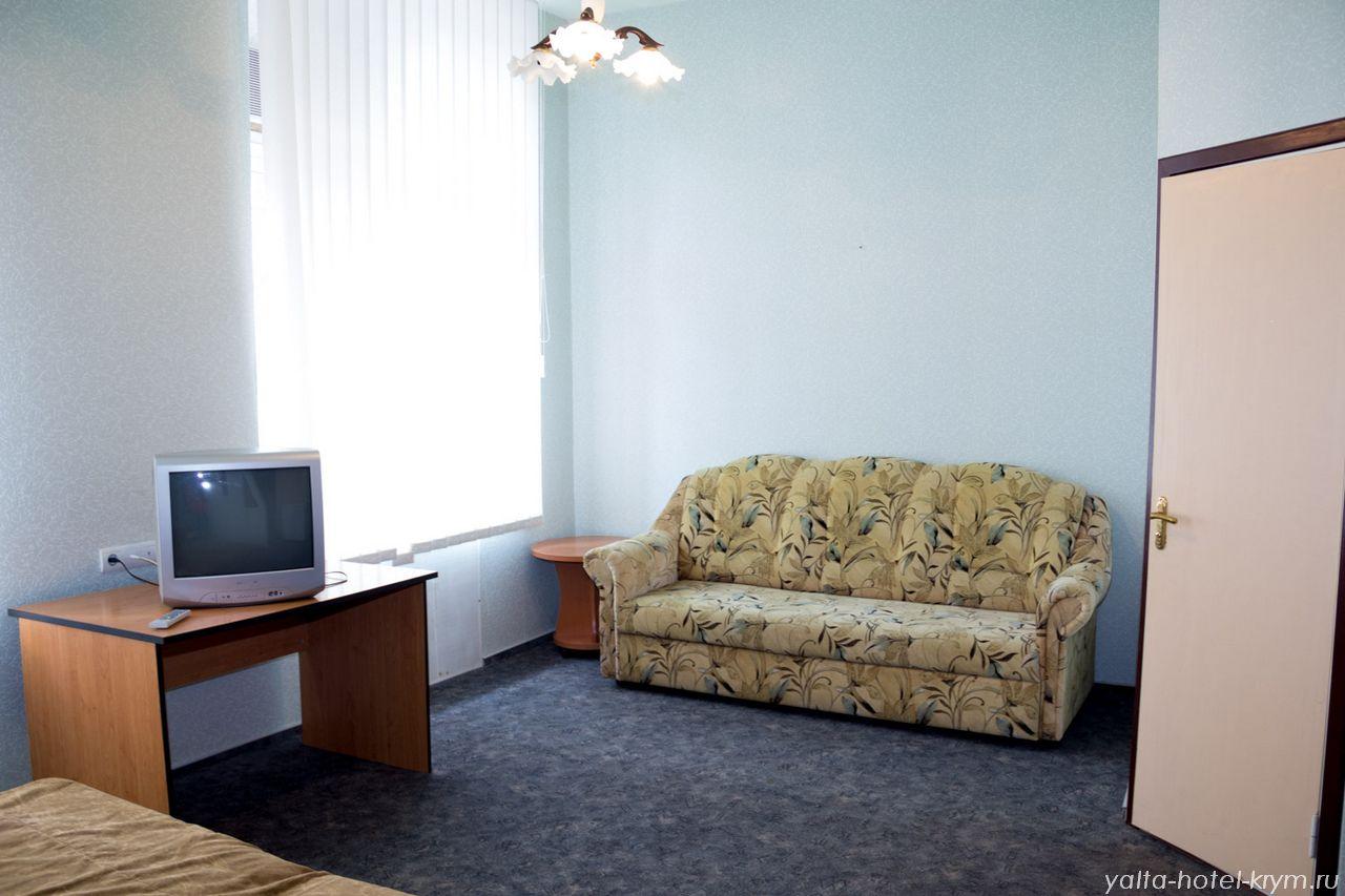 Снять номер в отеле гостинице в Ялте №105-3