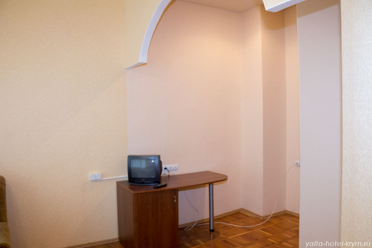 yalta-park-hotel-krym-n108-5