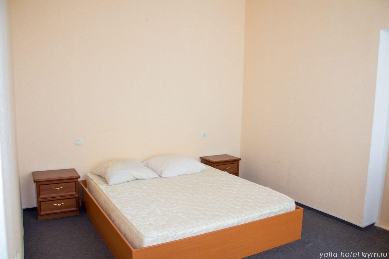 yalta-park-hotel-krym-n201-5