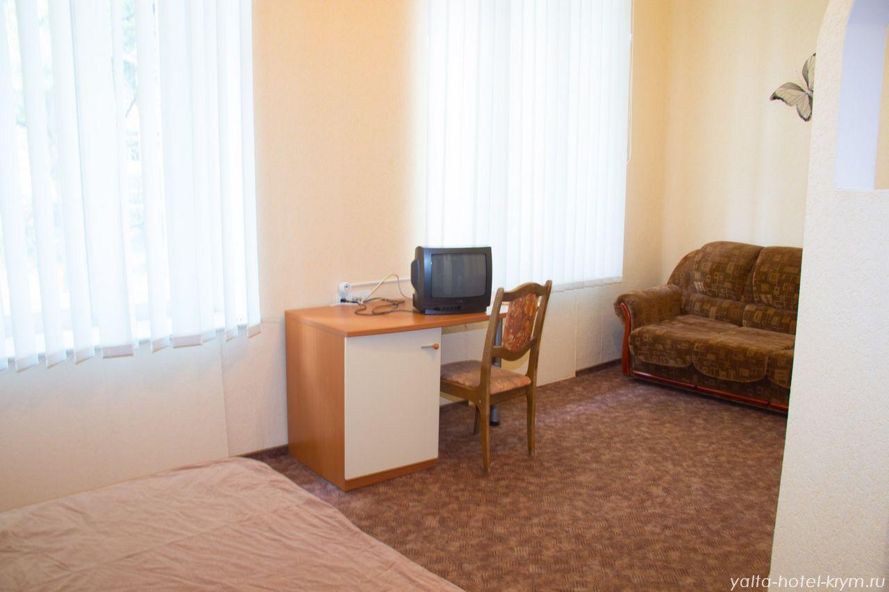 yalta-park-hotel-krym-n203-7