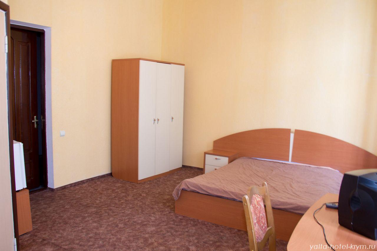 yalta-park-hotel-krym-n204-4