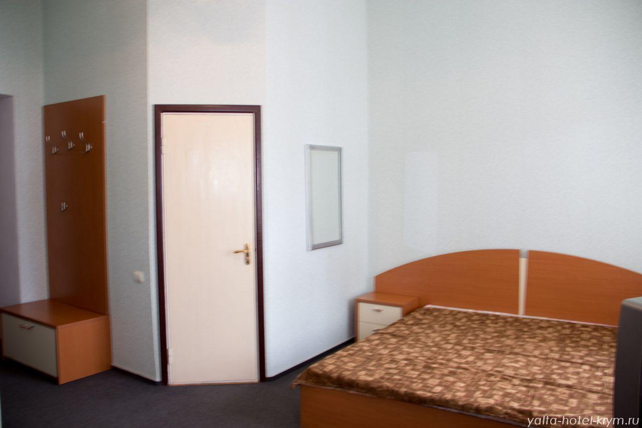yalta-park-hotel-krym-n210-4