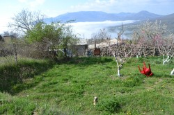 Продажа: ветхий дом на 14 сотках земли, ижс, вид на море и горы. ЮБК - Крым