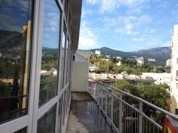 3-х комнатная квартира в Ялте с видом на горы | Недвижимость Крым, ЮБК, Ялта