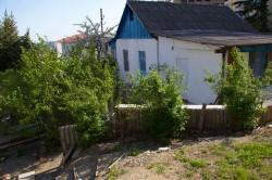Продажа: дом на 2-х хозяев + участок 10 соток в Ялте, в районе автовокзала. ЮБК - Крым
