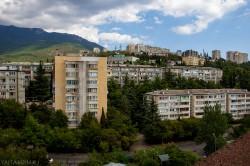 Аренда: 2-х комнатная квартира в Ялте, недорого, длительно. ЮБК - Крым