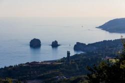 Продажа: участок в Гурзуфе 7 соток с видом на море и Медведь гору. ЮБК - Крым
