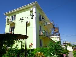 Продажа: гостиница в Береговом, 13 номеров, 300 м до моря, Феодосия. ЮБК - Крым