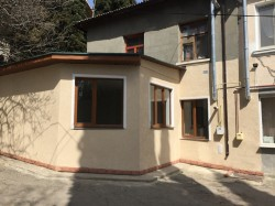 Продажа: 3-х комн. квартира в Гурзуфе, в 7 мин от моря, ул. 9 Мая. ЮБК - Крым