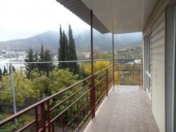 Продажа: дом в Ялте с панорамным видом на горы и город. ЮБК - Крым
